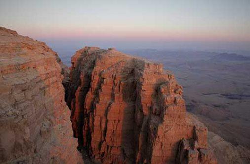 beresheet-desert-tours-machtexh-ramon